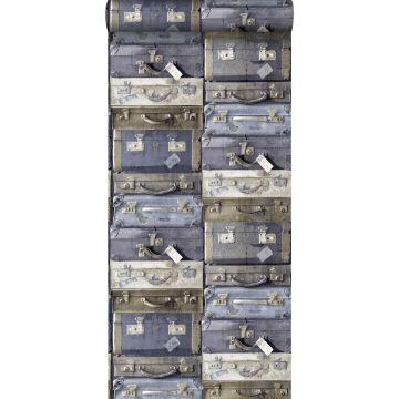 behang vintage koffers blauw en bruin van ESTA home
