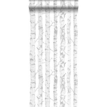 behang berken boomstammen zilver en wit van ESTA home