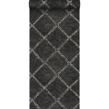 behang oosters berber tapijt zwart met mat witte print van ESTA home