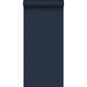 behang effen denim jeans structuur donkerblauw van ESTA home