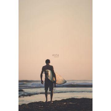 fotobehang surfer met surfplank avondrood, blauw en zwart van ESTA home