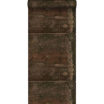 behang grote verweerde roestige metalen platen met klinknagels roest bruin van Origin