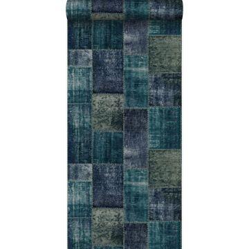 behang kelim patchwork smaragd groen van Origin