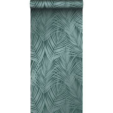 behang palmbladeren smaragd groen van Origin