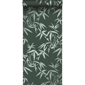 behang bamboe bladeren donkergroen van Origin